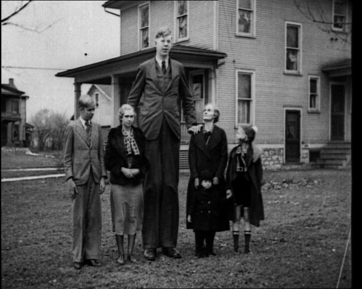 Robert wadlow family officially he s the tallest man in history