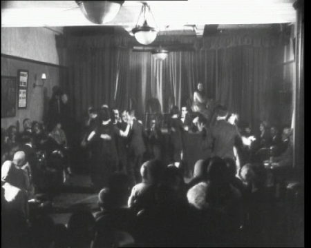 Dancing the night away, London (1925)